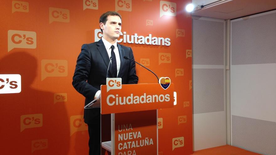 """Rivera pide unirse al pacto antiyihadista de PP y PSOE: """"Es momento de estar más unidos que nunca"""""""