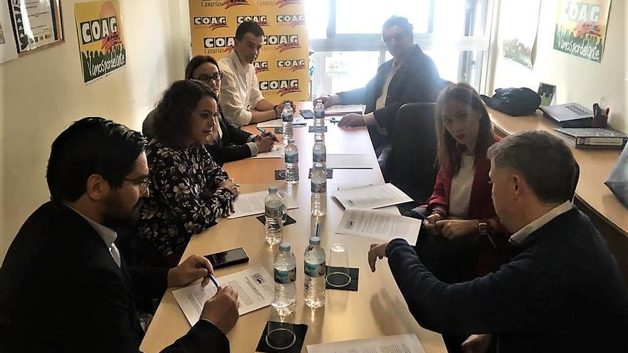 Momento de la cita de este miércoles con COAG-Canarias en la capital tinerfeña