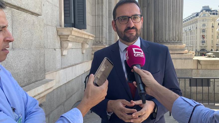 Sergio Gutiérrez, hoy, a las puertas del Congreso