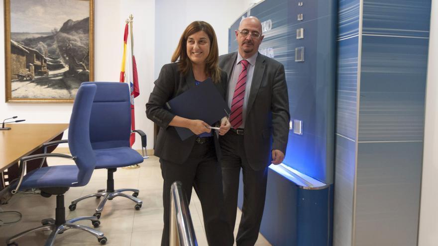 Cesar Pascual y María José Sáenz de Buruaga en una foto de archivo. | MIGUEL LÓPEZ