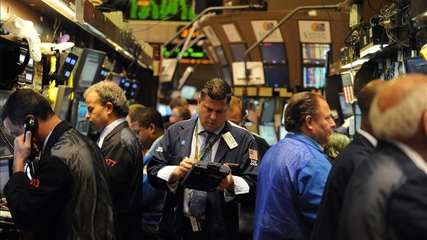 Wall Street abre con fuertes ganancias y el Dow Jones sube un 0,97 por ciento