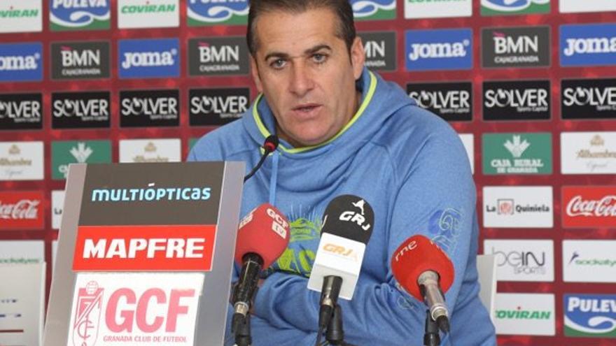 El entrenador del Granada, José Ramón Sandoval durante la rueda de prensa previa al aprtido frente a la UD Las Palmas.