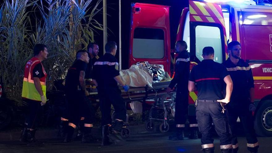 Autoridades y políticos madrileños condenan el ataque y se solidarizan con Niza