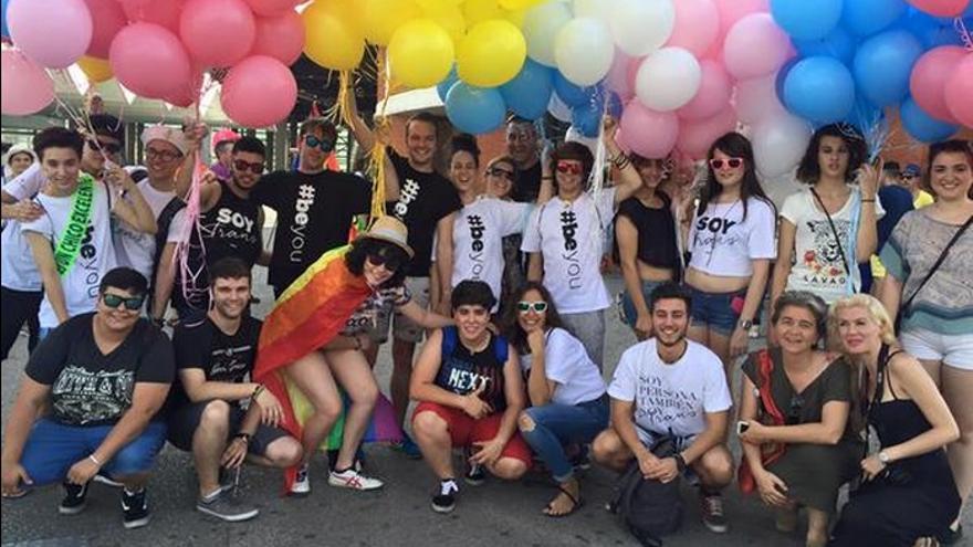 Jóvenes que participan en la Fundación Daniela / Twitter: @Danieldafund