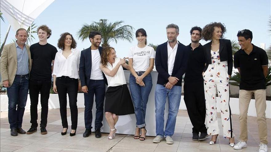 Francia debuta en Cannes con una insustancial historia de amor