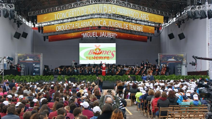 El recital comenzó con la pieza 'El barbero de Sevilla'