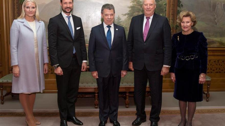 Santos recibe el Nobel de la Paz con dedicatoria a Colombia y a las víctimas de la guerra