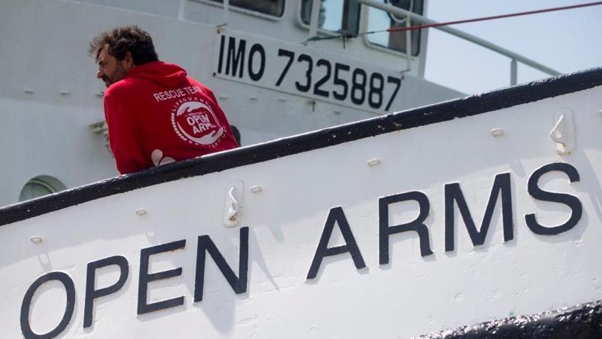 El Open Arms pide a España que tramite asilo para 31 menores que van a bordo