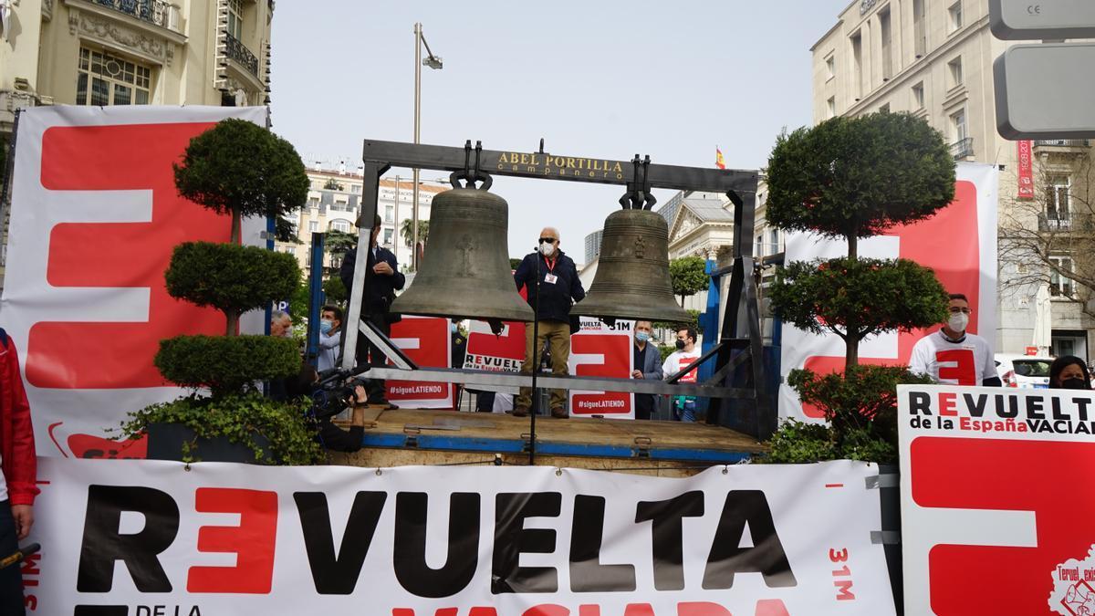Imagen de archivo de la Coordinadora de la España Vaciada a las puertas del Congreso.