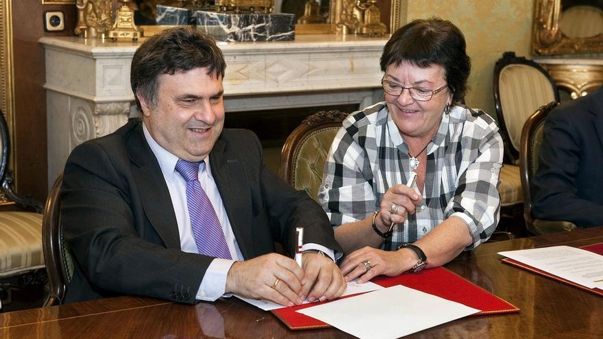 El Gobierno foral facilitará a las personas invidentes el acceso a los documentos judiciales