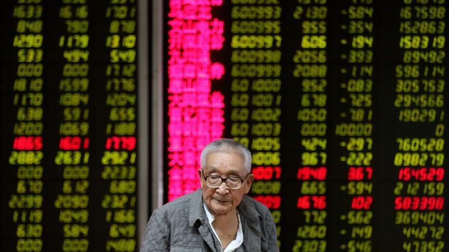 La Bolsa de Hong Kong abre con pérdidas de un 0,34 %