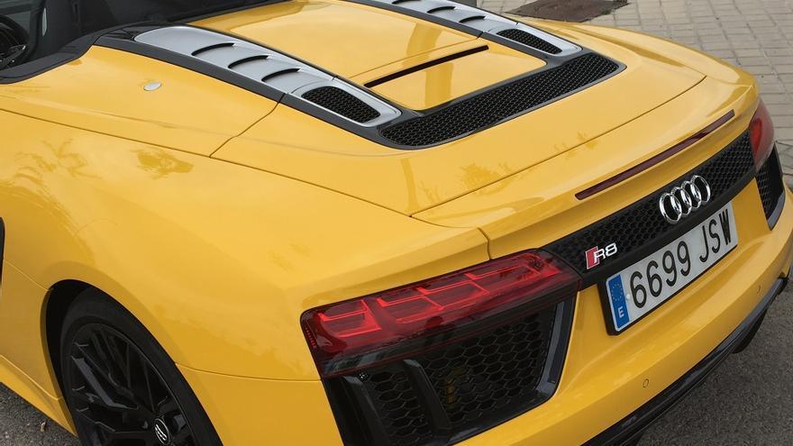 La zona trasera del R8 bajo la que descansa el motor V10 del Audi más deportivo.