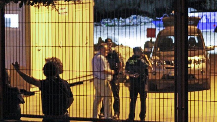 Hallan el cadáver calcinado de una mujer en un contenedor en Nerva (Huelva)