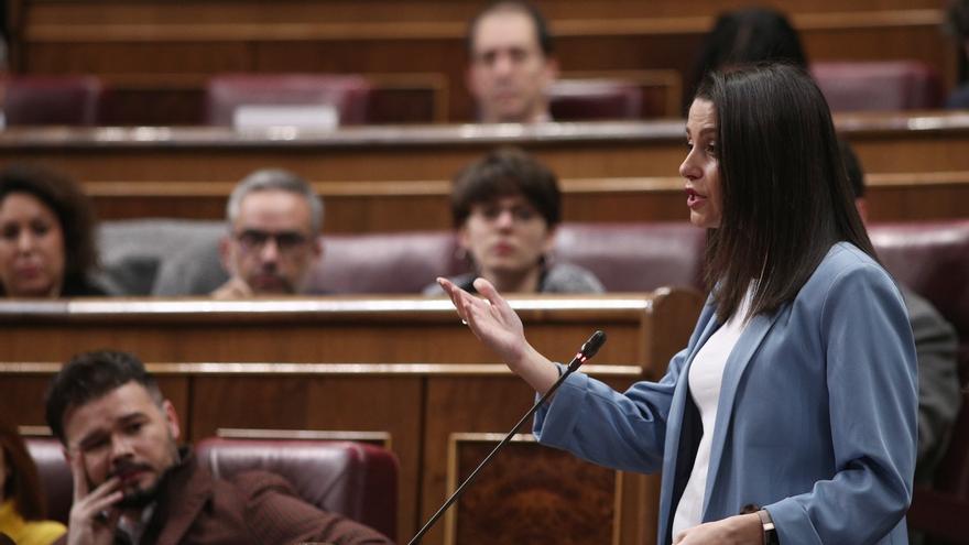 Inés Arrimadas durante un pleno en el Congreso.