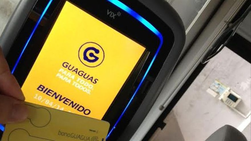 Canceladora para tarjetas sin contacto de Guaguas Municipales.