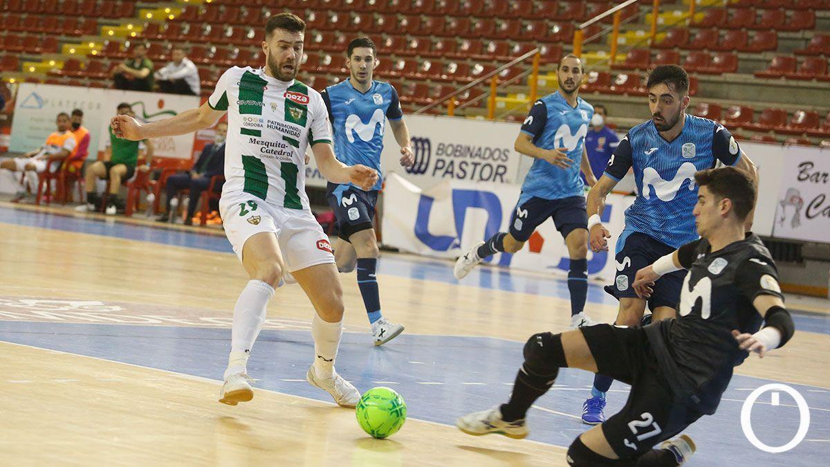 Alberto Saura, ante el Inter en Vista Alegre.