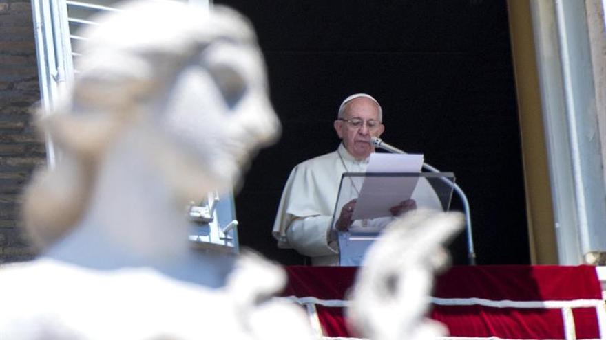 El papa dicta nuevas normas de control y administración de bienes vaticanos