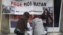 Siete mil firmas contra la instalación de la macrogranja en Pozuelo y Argamasón