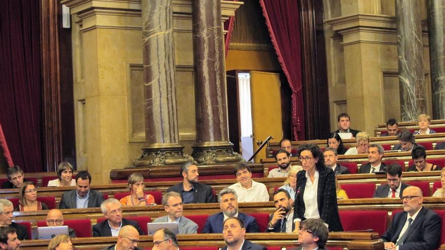 JxSí y CUP piden incluir la ley de transitoriedad en el pleno del Parlament