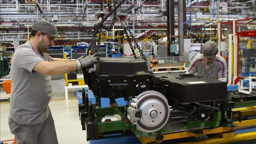 La producción industrial crece el 4 % en septiembre
