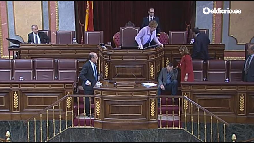 Joan Baldovi sufre una bajada de tensión en el Congreso