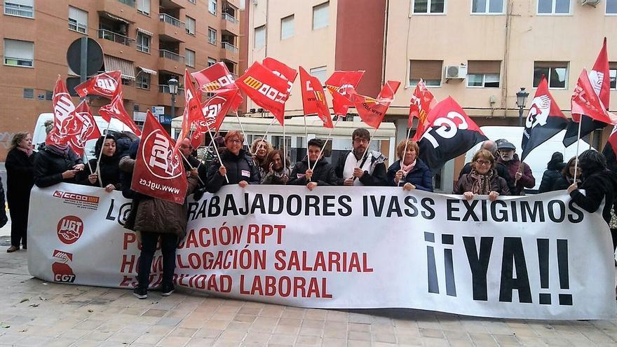 Una protesta de los trabajadores del IVASS