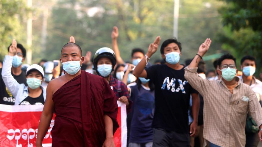 Borrell cree que el consenso en la ASEAN es el primer paso para la desescalada en Birmania