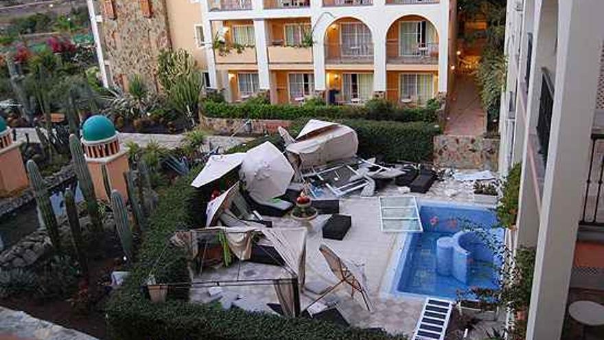 Zona cero de la explosión en el hotel.