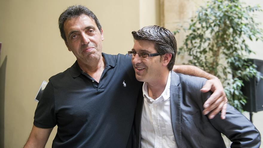 Pep Gimeno 'Botifarra' junto con Jorge Rodríguez, presidente de la Diputación de Valencia.
