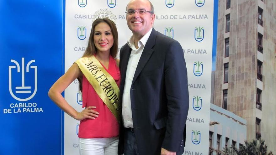 Natalia Zamora Salas y Anselmo Pestana.