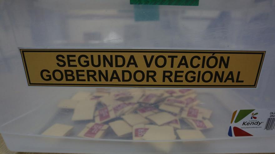 Empate técnico por gobernar en Santiago de Chile, con casi 90 % de escrutinio