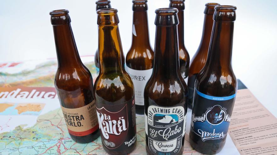 Varias cervezas artesanales andaluzas.