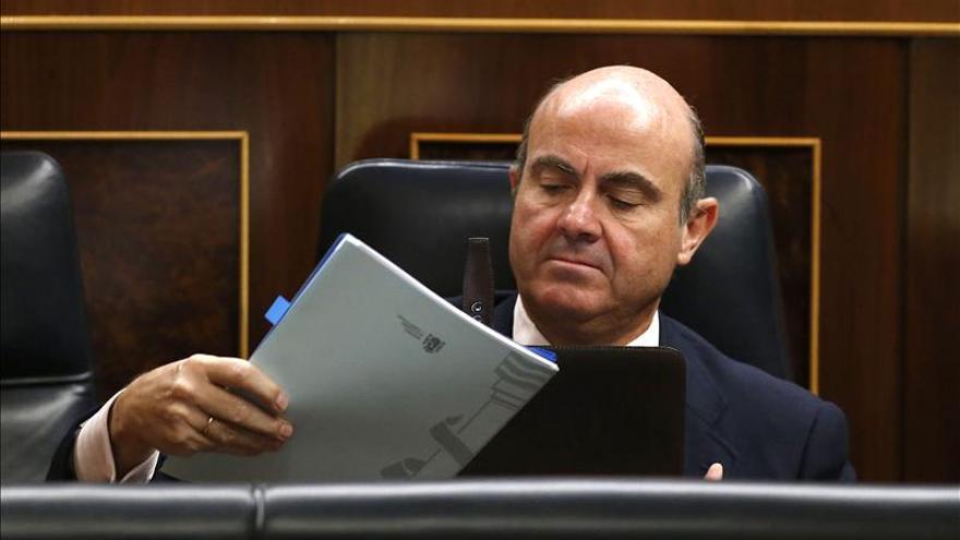Guindos dice que siempre estuvo convencido de que España no sería rescatada