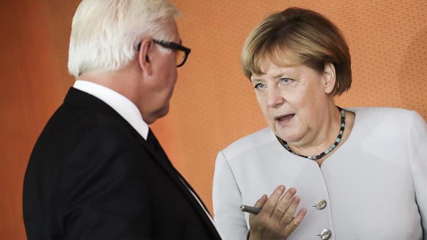 Berlín destinará 20.000 millones más hasta 2019 a la atención de refugiados