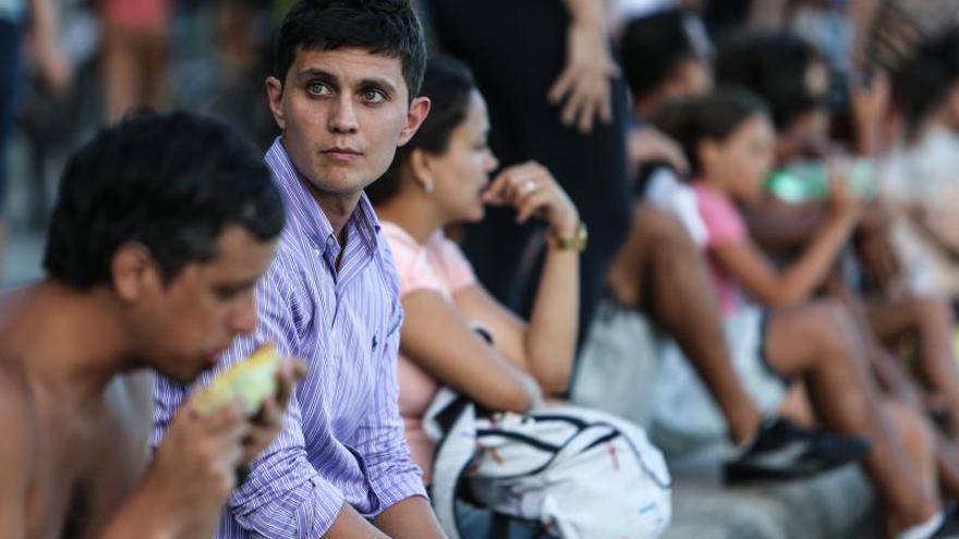 La nueva emigración española llega a Brasil en busca de