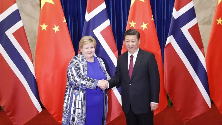 China y Noruega liman asperezas con la visita de la primera ministra