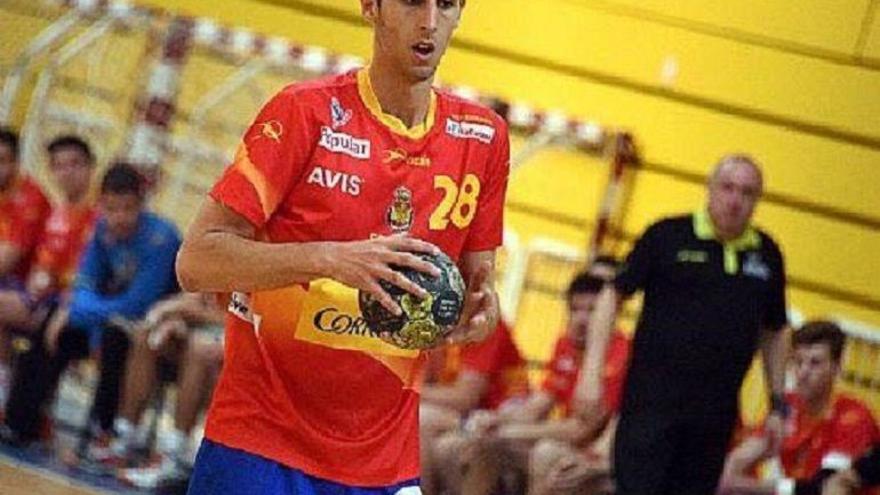 Balonmano: Antonio Serradilla se estrena con España