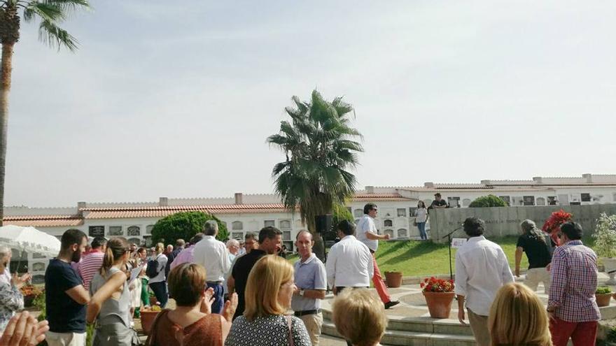 Cementerio Badajoz homenaje