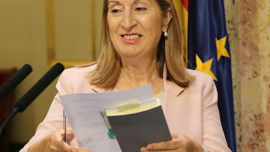 AMP-Ana Pastor entregará mañana al Rey el listado de los partidos que acudirán la próxima semana a la ronda de consultas