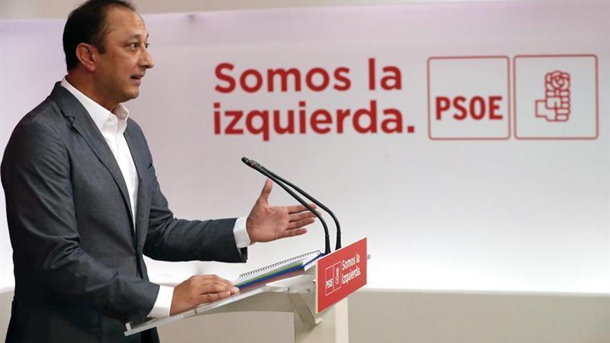 El PSOE coincide con el Rey en la defensa de la ley y la integridad territorial