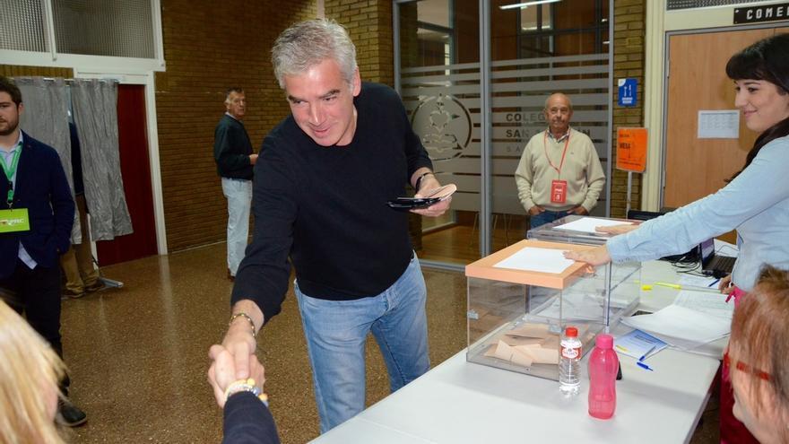 """Fuentes-Pila llama a los santanderinos a votar para esta noche """"sentir que las cosas han cambiado"""""""