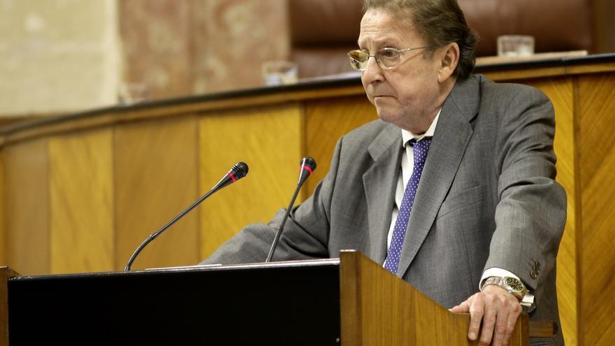 De Llera renuncia al escaño en el Parlamento andaluz para volver a la Fiscalía