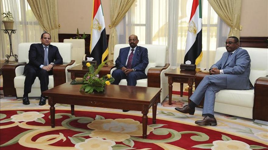 Sudán, Egipto y Etiopía firman declaración de principios sobre presa etíope