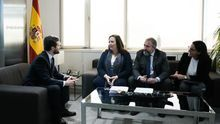Casado ignora las críticas de víctimas de ETA tras ser utilizadas por el PP y busca sumarlas a su ofensiva contra Sánchez