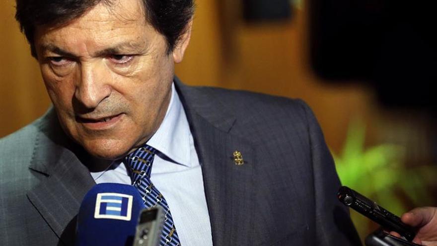 """Javier Fernández rechaza la propuesta del PSC y le insta a """"reflexionar"""""""
