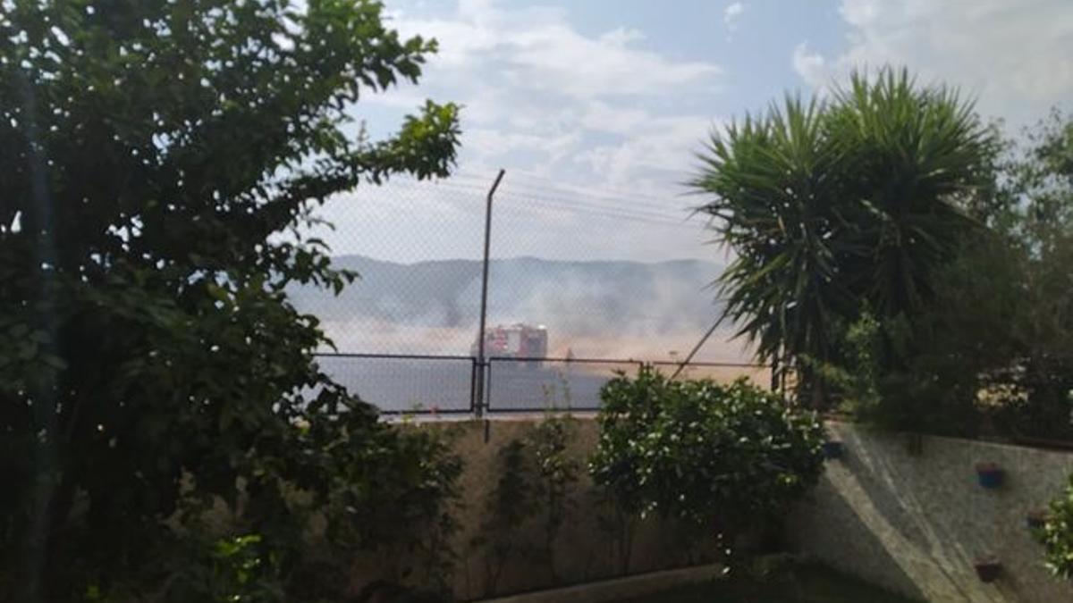 El incendio visto desde Miralbaida