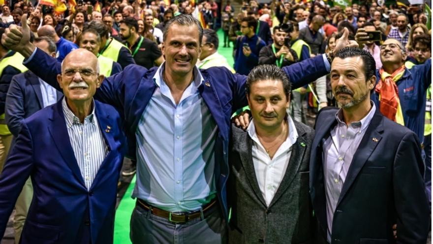 Rosety, Ortega Smith, Sanz y González Bazán, en un mitin.