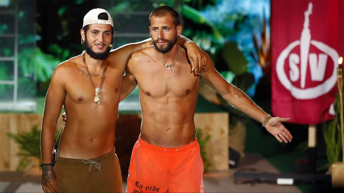 Omar Montes y Albert Álvarez en la final de 'Supervivientes 2021'