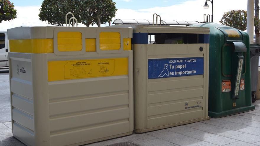 Contenedores para la recogida selectiva de residuos.