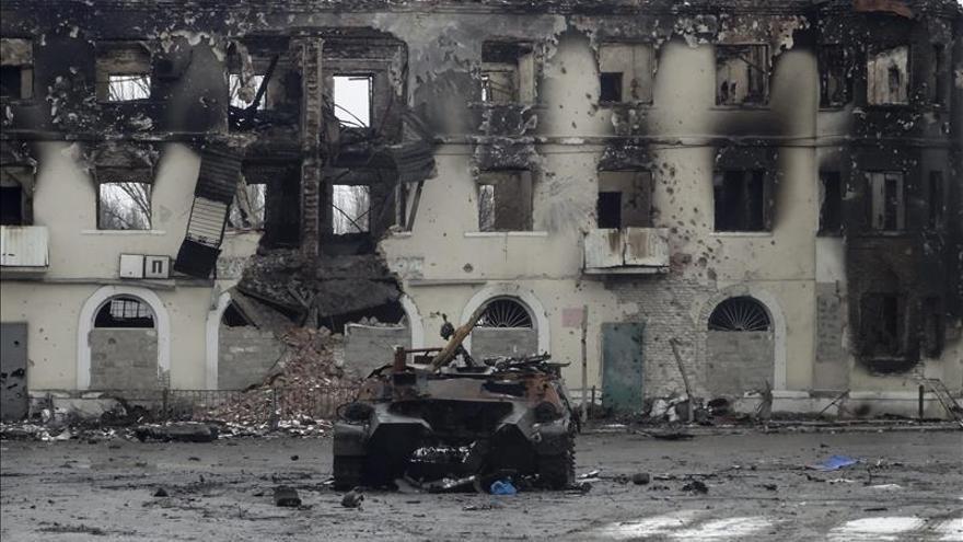 Kiev y los separatistas se acusan mutuamente de decenas de ataques